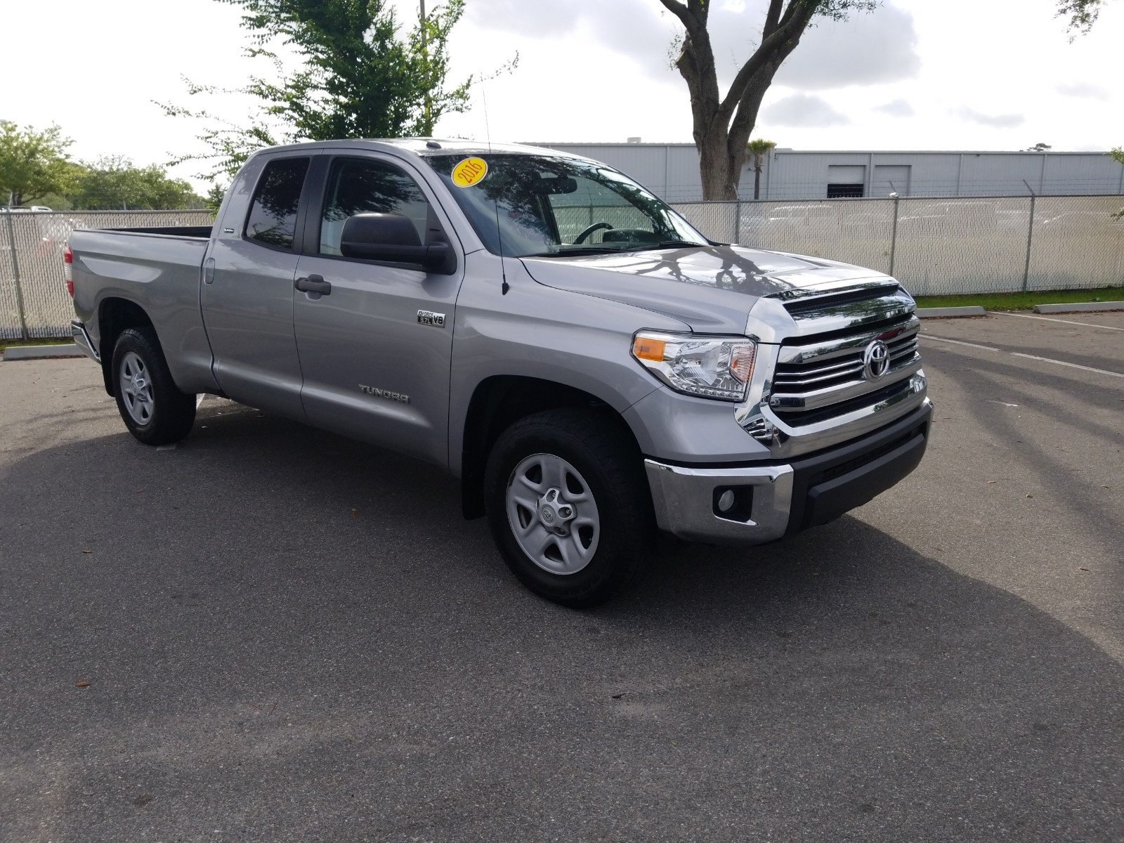 Pre Owned 2016 Toyota Tundra 2wd Truck Sr5