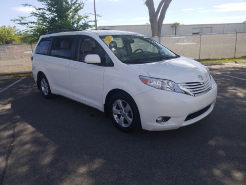a61b57bf18 Used Toyota Sienna Minivan for Sale in Jacksonville